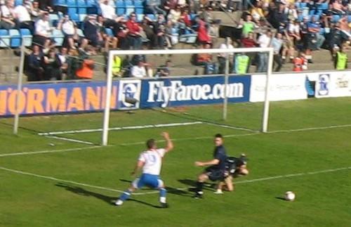 Scottish goalkeeper Craig Gordon blocked the shot from Jákup á Borg