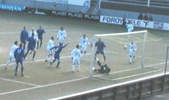 FH Hafnafjørður has just equalized for 2-2 against B36 Tórshavn in the Atlantic Cup 2006